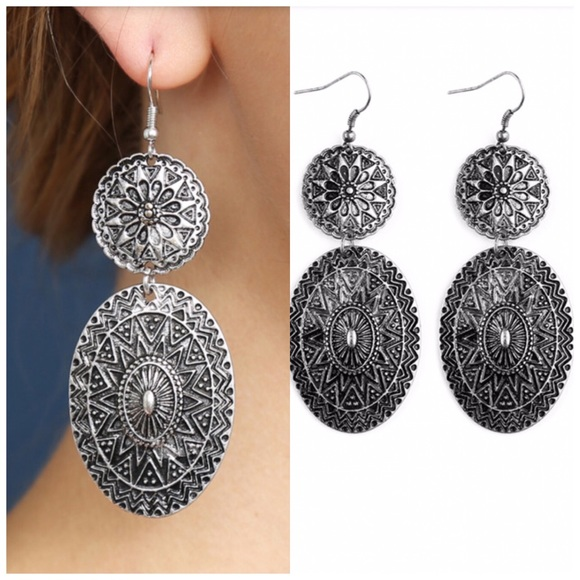 Jill Marie Boutique Jewelry - Boho chic mandala silver dangle earrings NWT